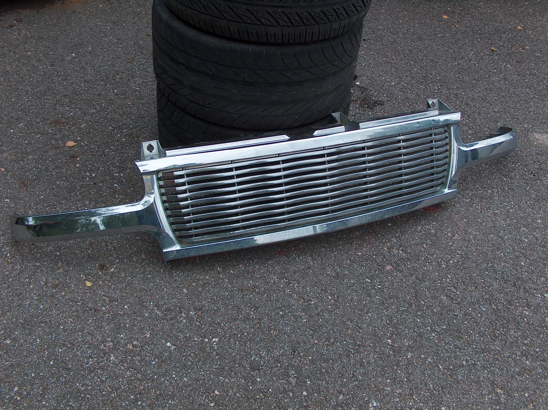 Chevrolet Tahoe 2000-2006 etumaski